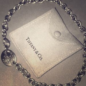 Tiffany & Co. authentic necklace return to Tiffany