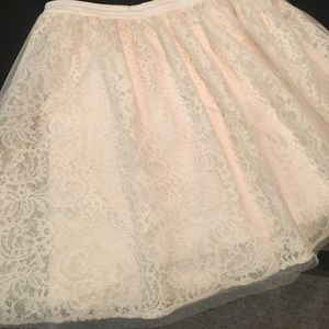 White lace Express skirt