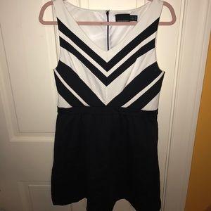 CYNTHIA ROWLEY - Large - BLACK/White Dress