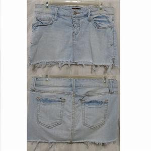 Forever 21 skirt Medium light wash denim frayed