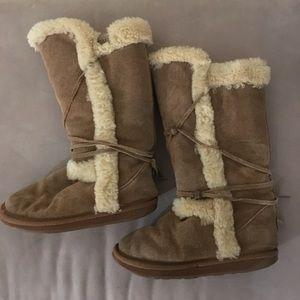 Emu suede winter boots kids size K2