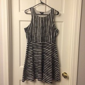 Striped stretchy below knee length dress