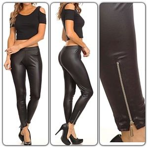 Stunning Sexy Faux Leather Zipper Leggings OS