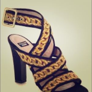Boutique Moschino - Ankle Strap Sandals
