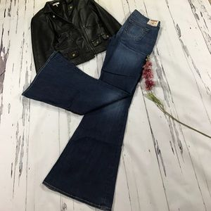 True Religion size 32 flare jeans great condition