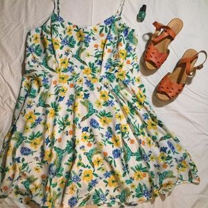 Old Navy Floral & Parrot Plus Sundress