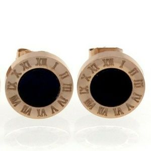 - Rose Gold Earrings black center