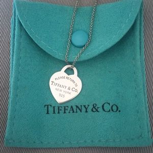 Tiffany & Co. Return to Tiffany Heart Tag Pendant