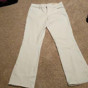 LOFT New white kick crop pants size 6