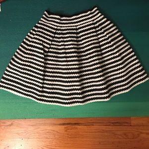 Express a line black & white stripe skirt