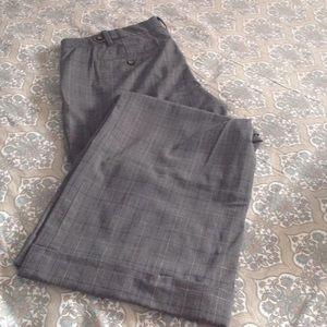 EUC Gap plaid wide leg trousers