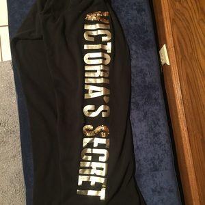 Black Victoria's Secret sweatpants gold VS design