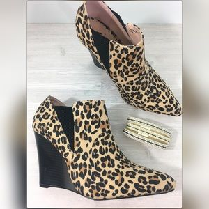 Madison Shoedazzle Catriona Leopard Booties 8.5
