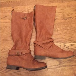 Brown Faux Leather Zip Up Back Boots