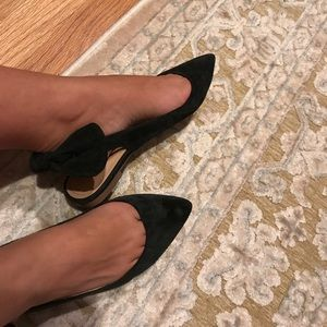 report back bow suede flats