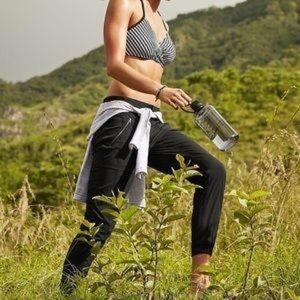 Athleta Trekkie black nylon jogger pants