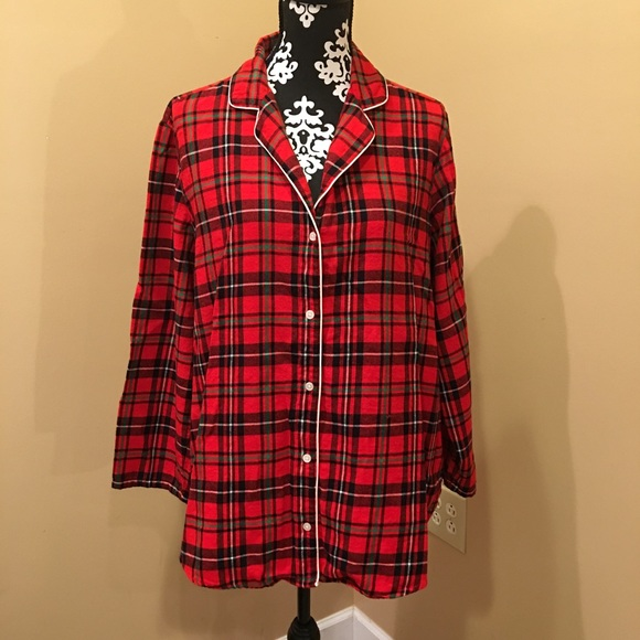 3632a840eb Old Navy woman s red plaid flannel pajama shirt 1X