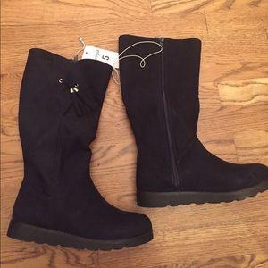NWT Cat & Jack Black Boots w/Tassels