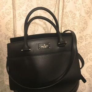 Kate Spade handbag👜 Medium size bag. Authentic.