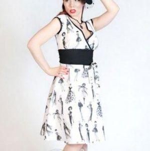Heart of Haute Irma Dress in Chic Ladies Print