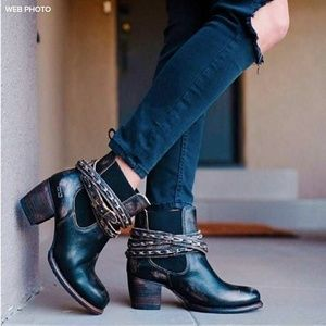 New BED STU Lorn Leather Harness Chelsea Boot