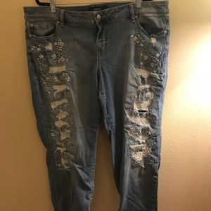 EUC destructed torrid boyfriend jeans