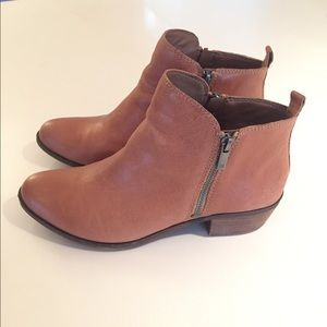 """Lucky Brand """"Basel"""" Bootie in Wheat, Size 8.5"""