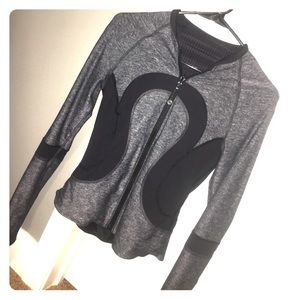 REVERSIBLE zip up LULULEMON jacket!!
