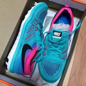 Nike Free TR Focus Flyknit Size 7