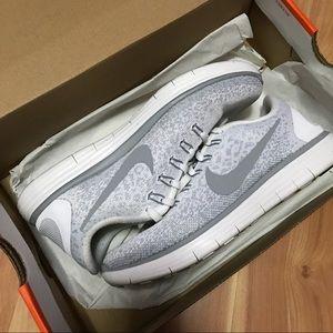 Nike Free RN Distance Size 7