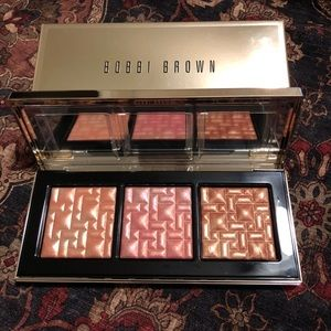 Bobbie Brown To Glow Highlighting Trio