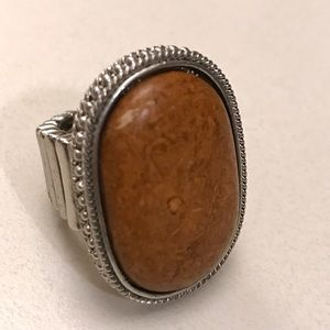 ✨BRAND NEW✨Silver ring with amber stone