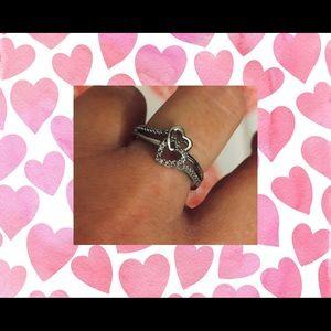 Helzburg Didmonds Heart Ring