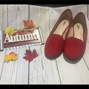 👠NWOT Cato red loafer flats👠