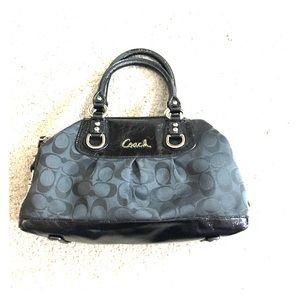 ✨ Coach black satchel h1149-f15443 nice ✨