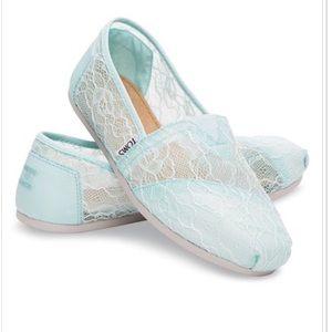 NIB TOMS Classic Slip-On Mint Lace