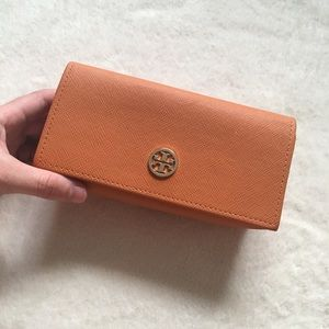 EUC Tory Burch glasses case
