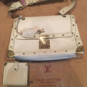 Authentic Louis Vuitton Vintage purse and wallet.