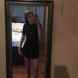 Very trendy Fashion Nova slimming black dress