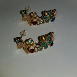 Beautiful gold floral earrings