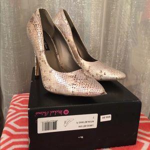 Michael Antonio New shoes
