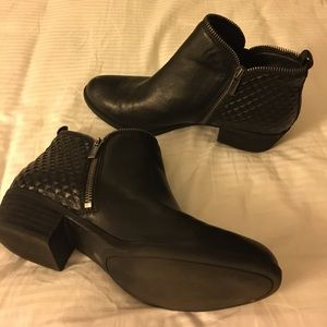 Black Lucky Brand Quilted Booties