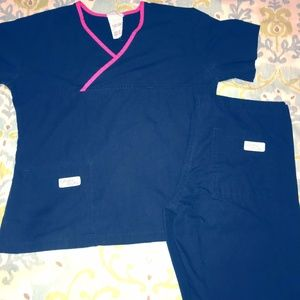 Urbane Scrubs set