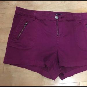 Stretch pink denim shorts