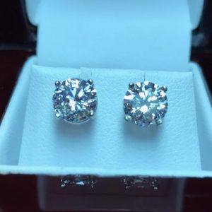 2 carat 14k moissanite diamond stud earrings