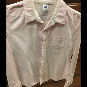 GAP pink fitted button-down collar shirt