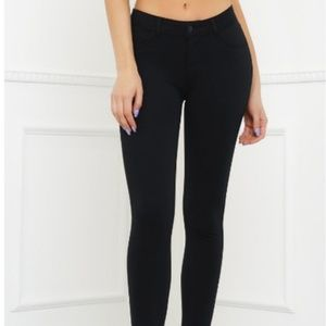 Pants - Black Skinny Pant