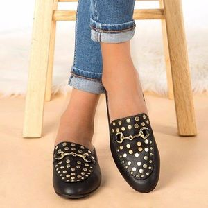 Shoes - ✨JUST IN✨ Black studded mule loafer