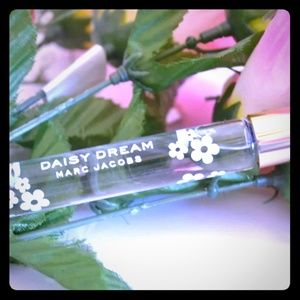 Marc Jacobs Daisy Dream Rollerball