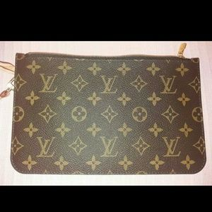 Louis Vuitton Neverfull MM clutch pochette